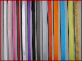 Ringkussen met gekleurd lint (20)