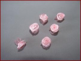 6 Haarklemmetjes met roosjes - Roze (459)