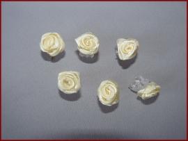 6 Haarklemmetjes met roosjes - Creme (459)