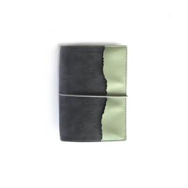 Elizabeth Craft Designs Traveler's Notebook Cool Grey TN05