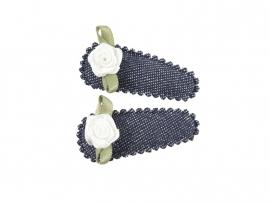 Babyhaarspeldjes donkerblauwe spijkerstof met wit roosje