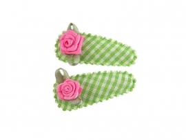 Babyhaarspeldjes groen geruit met fuchsia roosje