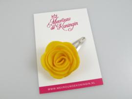 Haarspeldje vilten bloem geel