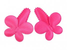 Babyhaarspeldjes fuchsia satijn met vlinder