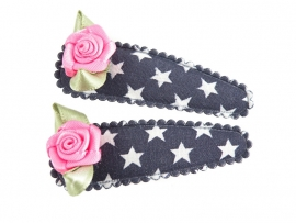 Haarspeldjes blauw met ster en fuchsia roosje
