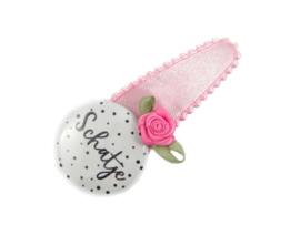 """Haarspeldje met button roze satijn """"Schatje"""" met roosje"""