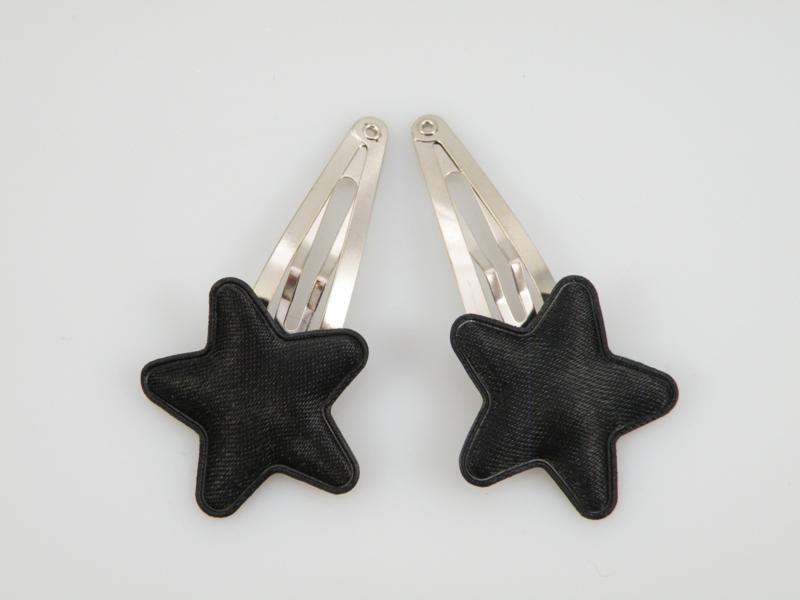 Haarspeldjes met zwarte satijnen sterren