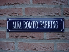 ALFA ROMEO PARKING