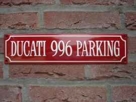 DUCATI 996 PARKING