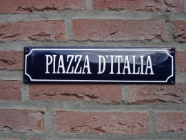 PIAZZA D` ITALIA