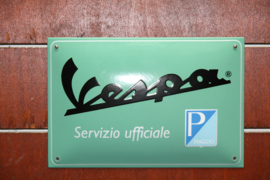 VESPA DEALER BORD