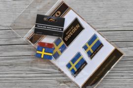 VOLVO Stickerset Chroomline + Zweeds rubber vlaglabel (alle types)