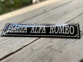 PIAZZA ALFA ROMEO