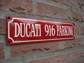 DUCATI 916 PARKING