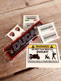 DUCATI giftset (sleutelhanger +  stickers)