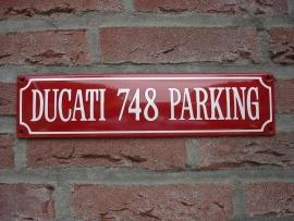 DUCATI 748 PARKING
