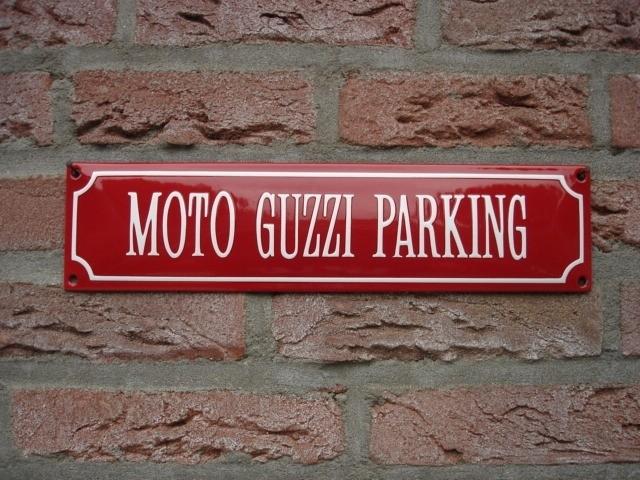 MOTO GUZZI PARKING