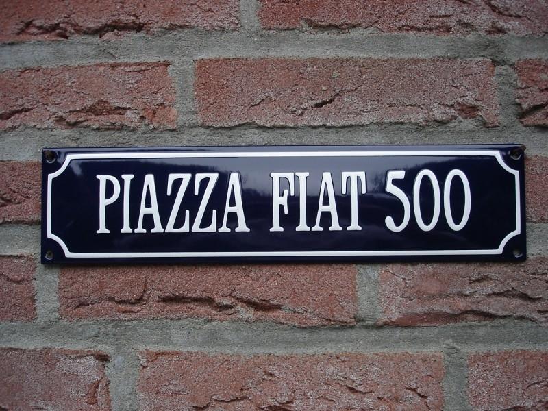 PIAZZA FIAT 500