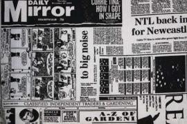 Stof  'krantenprint'