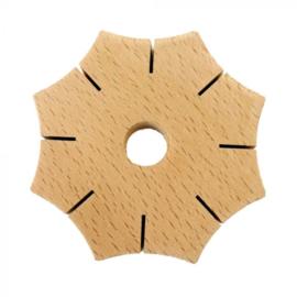 Knoop- ster van hout