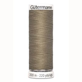 Gütermann Allesnaaigaren polyester 200 meter no. 724