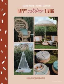 Happy Outdoor Living / Lisanne Multem