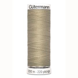 Gütermann Allesnaaigaren polyester 200 meter no. 131