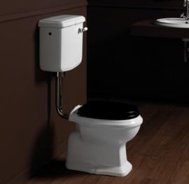 KSTA0004 Klassieke toilet met laaghangend reservoir, muuruitlaat PK