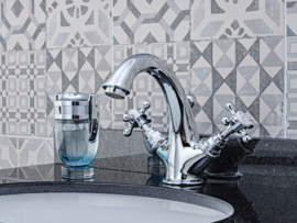HOT0008 Beta, Klassieke wastafelkraan victorian, lavabo mengkraan