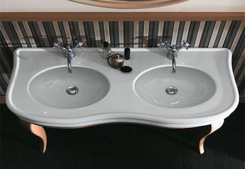klassieke dubbele wastafel van simas, klassiek sanitair Nederland, simas sanitair