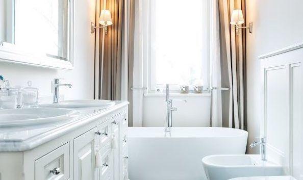 landelijke badmeubel, klassieke badkamer