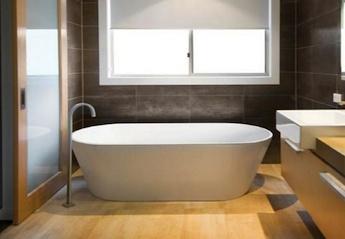 landelijke badkamers, vrijstaand duo ligbad