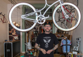 Bikes & burgers
