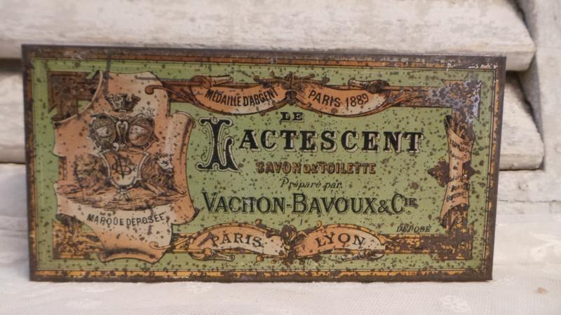 Oud Frans zeepblikje deel 1