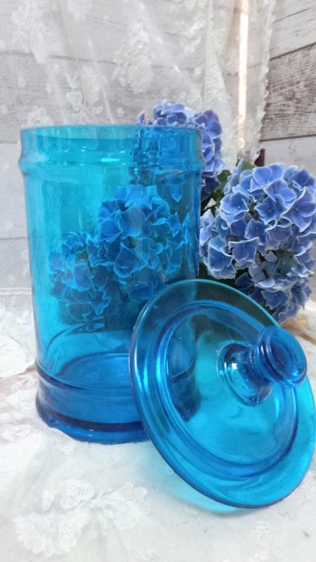 Oude glazen voorraadpot VERKOCHT