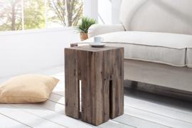 Elegante bijzettafel CASTLE 30 cm kruk van drijfhout