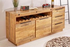 Massief dressoir FINCA 175 cm natuurlijk gerecycled grenen hout industrieel design met flessenhouder