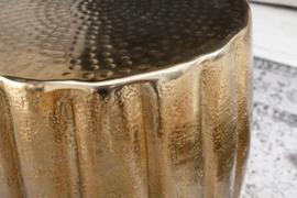 Handgemaakte bijzettafel MARRAKESCH 42 cm goud met gehamerd design