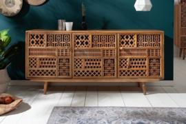 Massief dressoir MARRAKESCH 160 cm mangohout met decoratie in boho-stijl