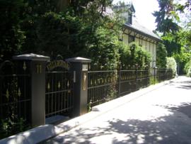 Sierhekwerk Villa Montana