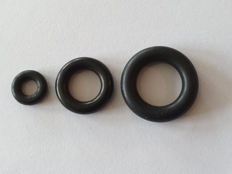 Rubber kruis ring