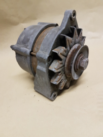 Dynamo interne 14 V 45 A Bosch
