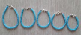 Armbandje, lichtblauw