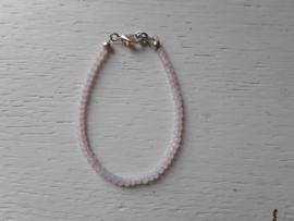 Armbandje, roze mini kraal