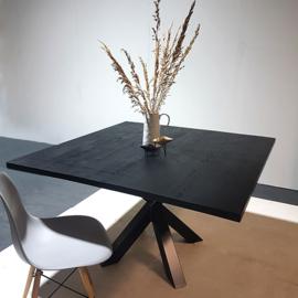 Eettafel Black Oak