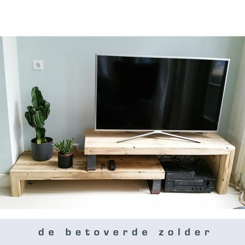 De Betoverde Zolder.Tv Meubel Studio Timber Tv Meubels De Betoverde Zolder