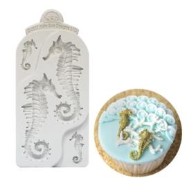 Seahorses (zeepaardjes) mould by Katy Sue