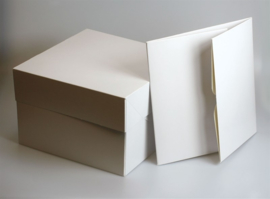 Witte Hoge taartdoos 30.48 x 30.48 x 15 cm PER 10 STUKS