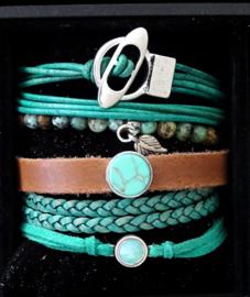 Turquoise suede verstelbaar armbandje