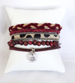 Hipanema armband donkerrood